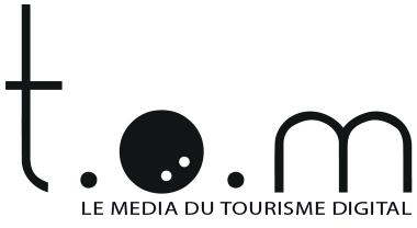 Logo Tom Travel on Move
